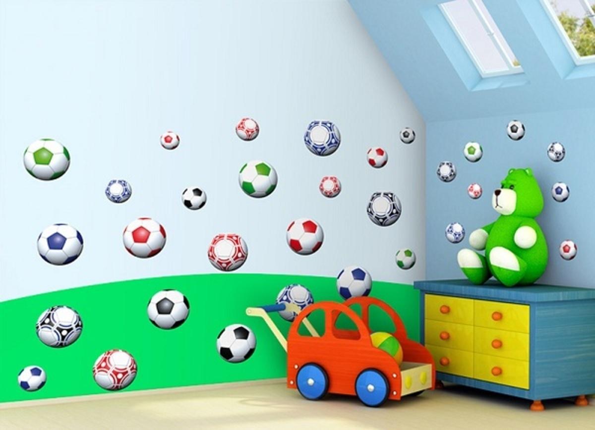 Samolepky na zeď Fotbalové míče 0,5m2